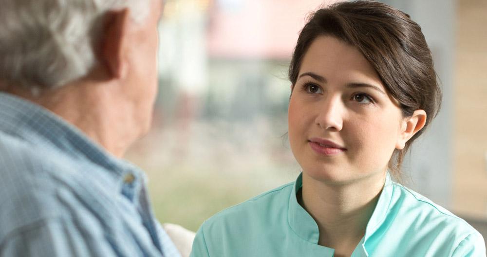 Certificado de profesionalidad: ¿por qué son importantes en el ámbito asistencial?